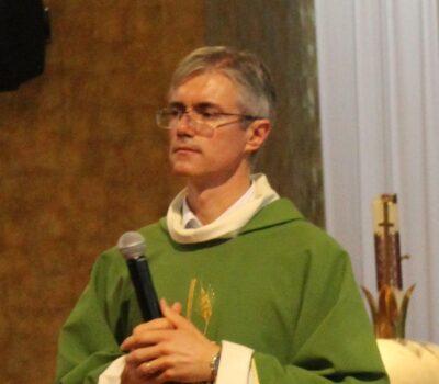 Padre Márcio Toniazzo